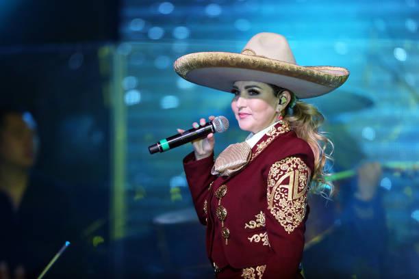 TX: Alicia Villareal In Concert - Dallas, TX