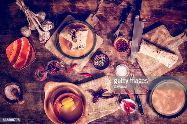 Messicano avvolge con il saporitissimo carne e panna acida