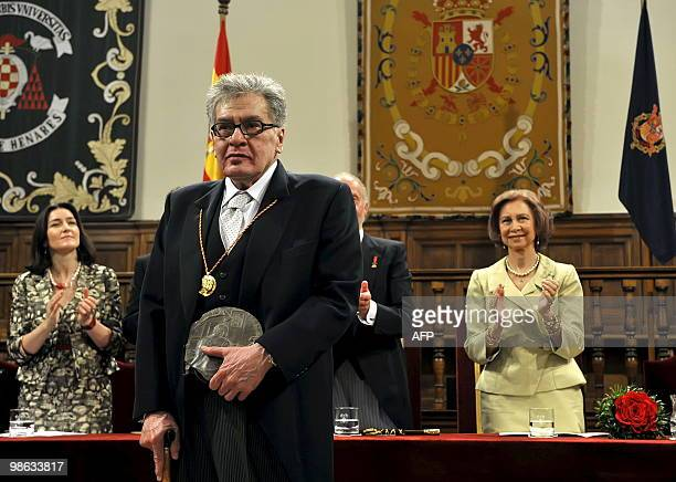 Mexican writer Jose Emilio Pacheco poses after being awarded the Miguel de Cervantes 2009 Prize for literature by Spain's King Juan Carlos at the...