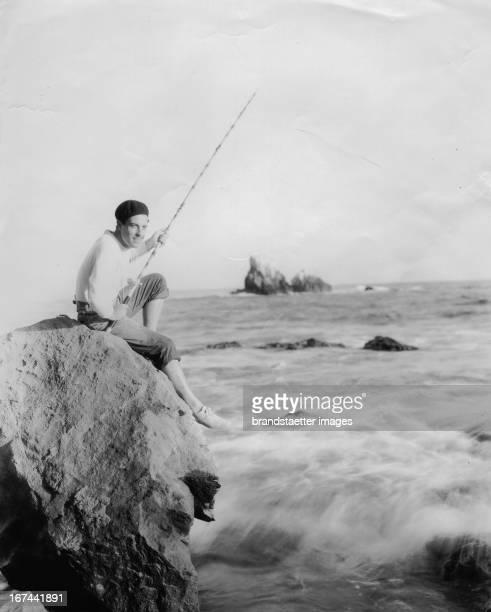 Mexican-US-american actor Ramon Novarro. About 1934. Photograph. Der mexikanisch-US-amerikanische Schauspieler Ramón Novarro. Um 1934. Photographie.