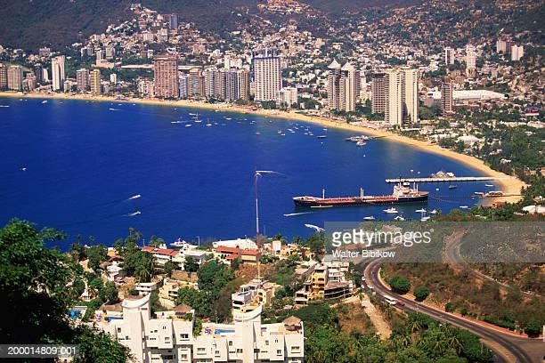 mexico, acapulco, acapulco bay and beaches - acapulco foto e immagini stock
