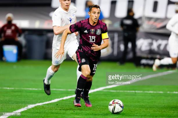 Mexico Andres Guardado dribbles the ball during the game between Mexico and Iceland on May 29, 2021 at AT&T Stadium in Arlington, Texas.