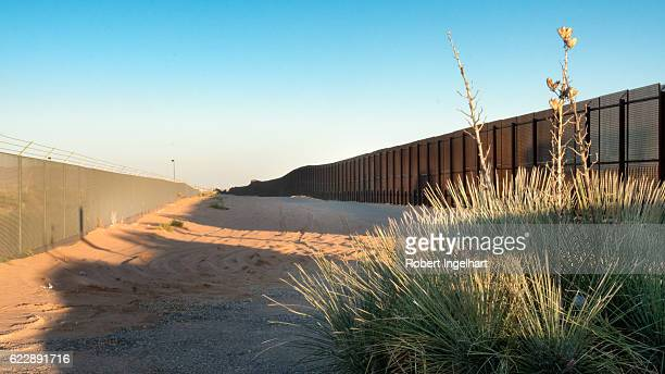 us mexico border in new mexico - geographical border stock pictures, royalty-free photos & images