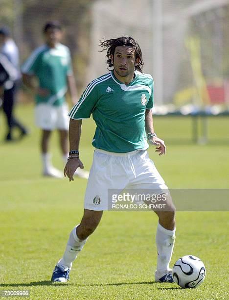 Francisco Fonseca delantero de la seleccion mexicana de futbol durante un entrenamiento en la ciudad de Mexico el 22 de enero 2007 Este es el primer...