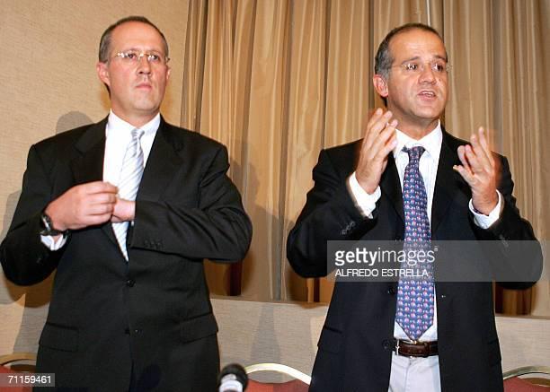Los cunados del candidato presidencial derechista Felipe Calderon del Partido de Acccion Nacional Diego e Ignacio Zavala dieron a conocer sus...