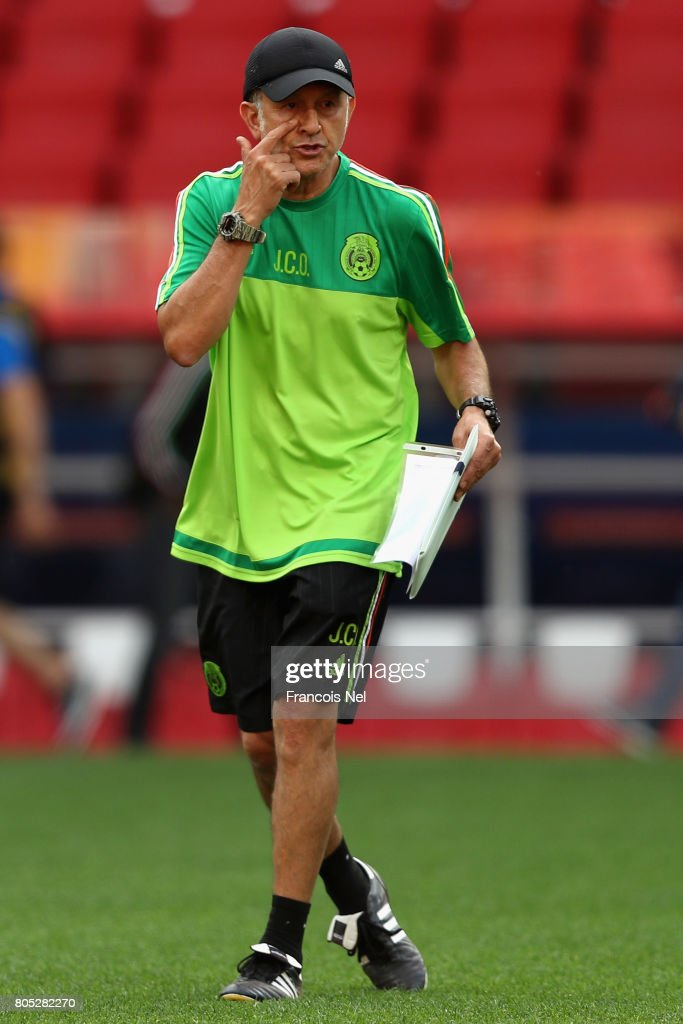 Mexico Training & Press Conference - FIFA Confederations Cup Russia 2017 : News Photo
