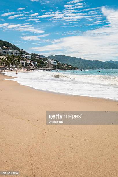 Mexico, Jalisco, Puerto Vallarta, view to Los Muertos Beach