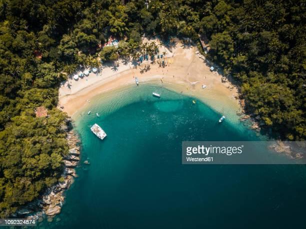 mexico, jalisco, south of puerto vallarta, majahuitas beach, banderas bay - baia foto e immagini stock
