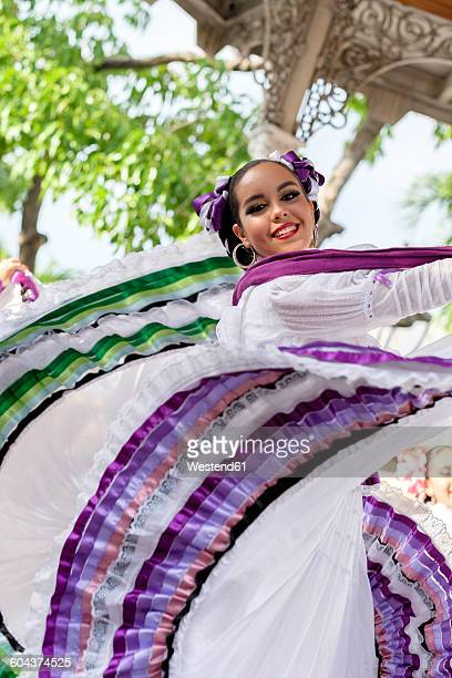 mexico, jalisco, xiutla dancer, folkloristic mexican dancer - traditional clothing stock photos and pictures