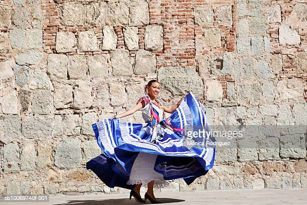 mexico, oaxaca, istmo, woman in traditional dress dancing - oaxaca stock pictures, royalty-free photos & images