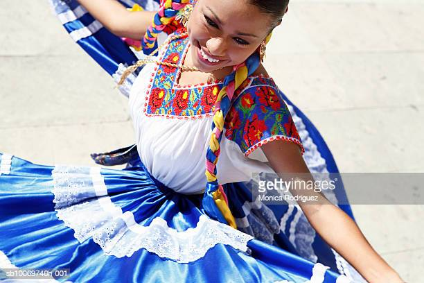 mexico, oaxaca, istmo, woman in traditional dress dancing - oaxaca stock photos and pictures