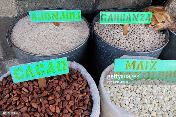 Mexico Oaxaca Pulses and maize for sale in the market