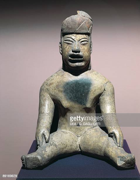 Mexico Olmec civilization Fictile figure
