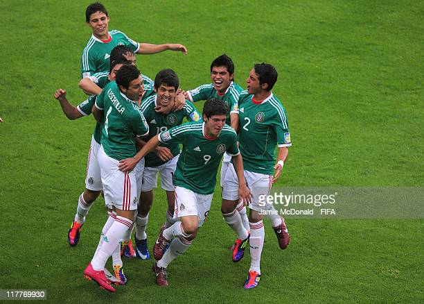 Mexico players celebrate the goal of Carlos Fierro during the FIFA U-17 World Cup, round of 16 match between Mexico and Panama at the Estadio Hidalgo...