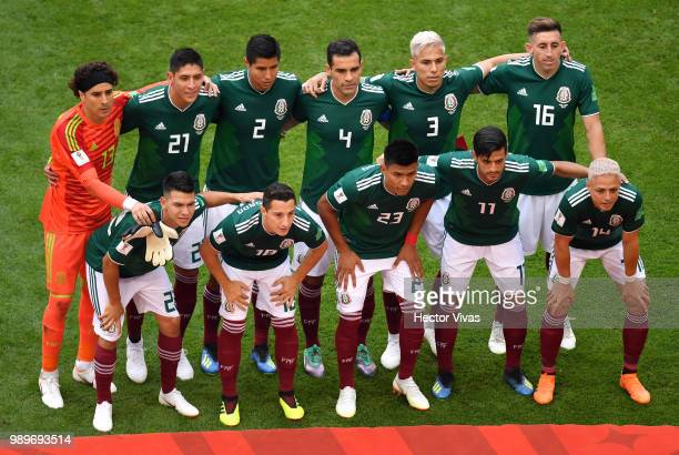 Mexico pose for a team photo during the 2018 FIFA World Cup Russia Round of 16 match between Brazil and Mexico at Samara Arena on July 2 2018 in...