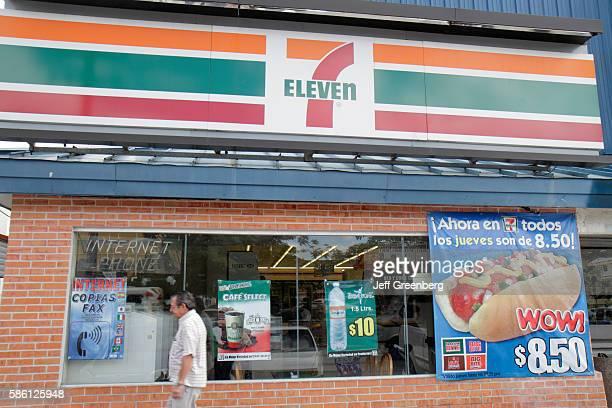 Mexico Yucat‡n Peninsula Quintana Roo Cancun Avenida Tulum 7 Eleven convenience store