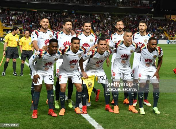 Mexicos Club America team poses for the picture before match with Costa Rican Deportivo Saprissa during a Concacaf Champions League in Ricardo...