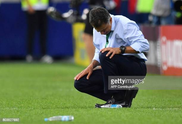 TOPSHOT Mexico's Colombian coach Juan Carlos Osorio reacts during the 2017 Confederations Cup semifinal football match between Germany and Mexico at...