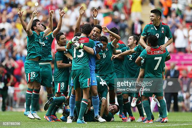 Mexico's players celebrate winning the gold medal against Brazil after the match at Wembley Stadium London UK Saturday 11th August 2012