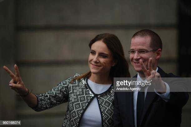 Mexico's presidential candidate Ricardo Anaya of the 'Por Mexico al Frente' coalition of the PANPRD parties and his wife Carolina Martinez pose for a...