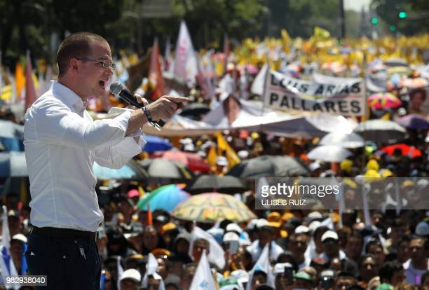 Mexico's presidential candidate Ricardo Anaya standing for the 'Mexico al Frente' coalition of the PANPRDMovimiento Ciudadano parties delivers a...