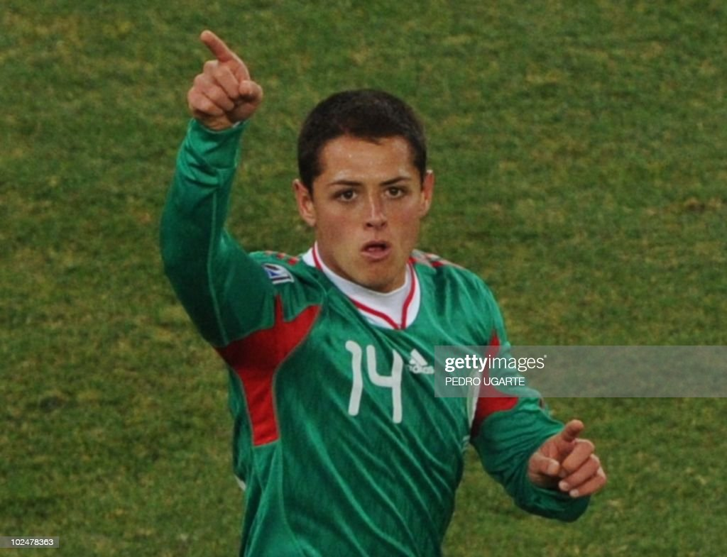 Mexico's striker Javier Hernandez celebrates his goal during the 2010 World Cup round of 16 football match Argentina vs. Mexico on June 27, 2010 at Soccer City Stadium in Soweto, a suburb of Johannesburg. - NO