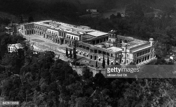 Mexiko Stadt Blick auf das Schloss Chapultepec auf dem gleichnamigen Felsen 1980