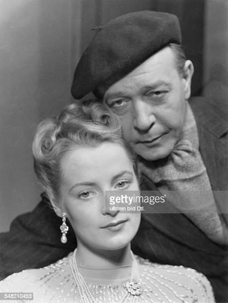 Meyendorff Irene von Actress Germany * and georg Alexander in the play 'Die Elfte aus der Reihe' by Roland Schlacht 1940 Photographer Schwer...
