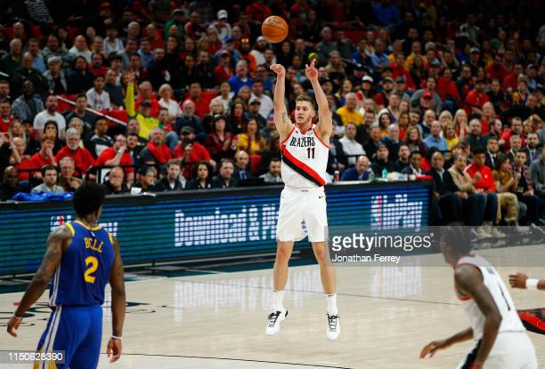 Meyers Leonard of the Portland Trail Blazers shoots the ball during the first half against the Golden State Warriors in game four of the NBA Western...
