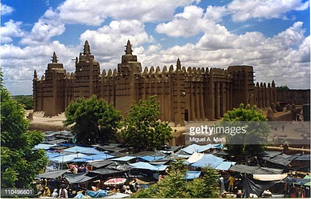 mezquita de djenne (mali) - djenne mosque - mali stock pictures, royalty-free photos & images