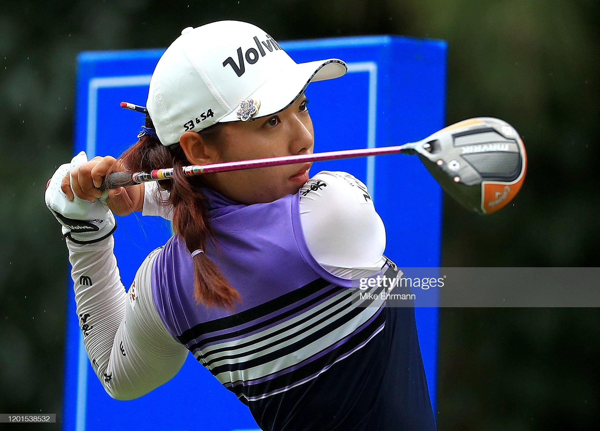 https://media.gettyimages.com/photos/mi-hyang-lee-of-koreahits-her-tee-shot-on-the-15th-hole-during-the-picture-id1201538532?s=2048x2048