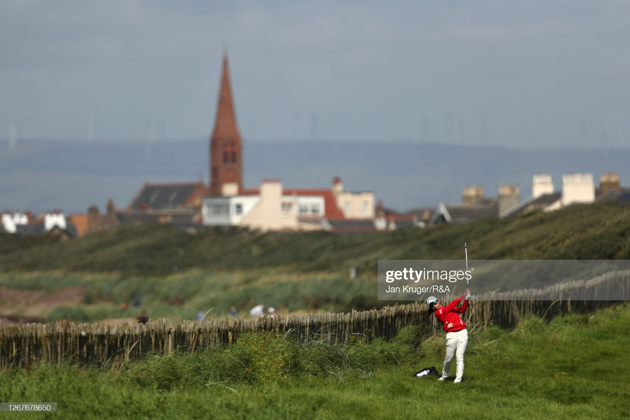 https://media.gettyimages.com/photos/mi-hyang-lee-of-south-korea-plays-a-shot-on-the-1st-hole-during-day-picture-id1267678650?s=2048x2048