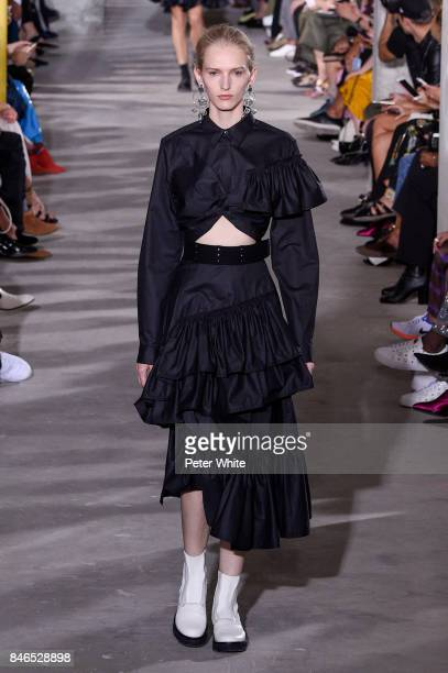 23c809d5dc Mia Brammer walks the runway at the 31 Phillip Lim Ready to Wear Spring  Summer