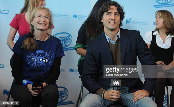 Mia farrow and justin trudeau around 8000 youth gathered for global change at free the childrens national me to we day speakers like mia farrow and...
