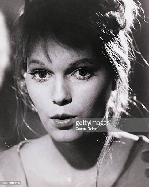 Mia Farrow as Karen Kriksson in film Guns Al Batasi The film is directed by John Guillermin in 1964