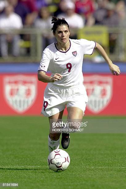 Mia Hamm of the US handles the ball during first half action of her friendly game against Norway's national women's soccer team played at the...