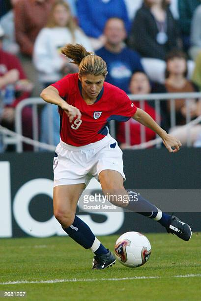 Mia Hamm of the USA controls the ball against Germany during the semifinals of the FIFA Women's World Cup match on October 5 2003 at PGE Park in...