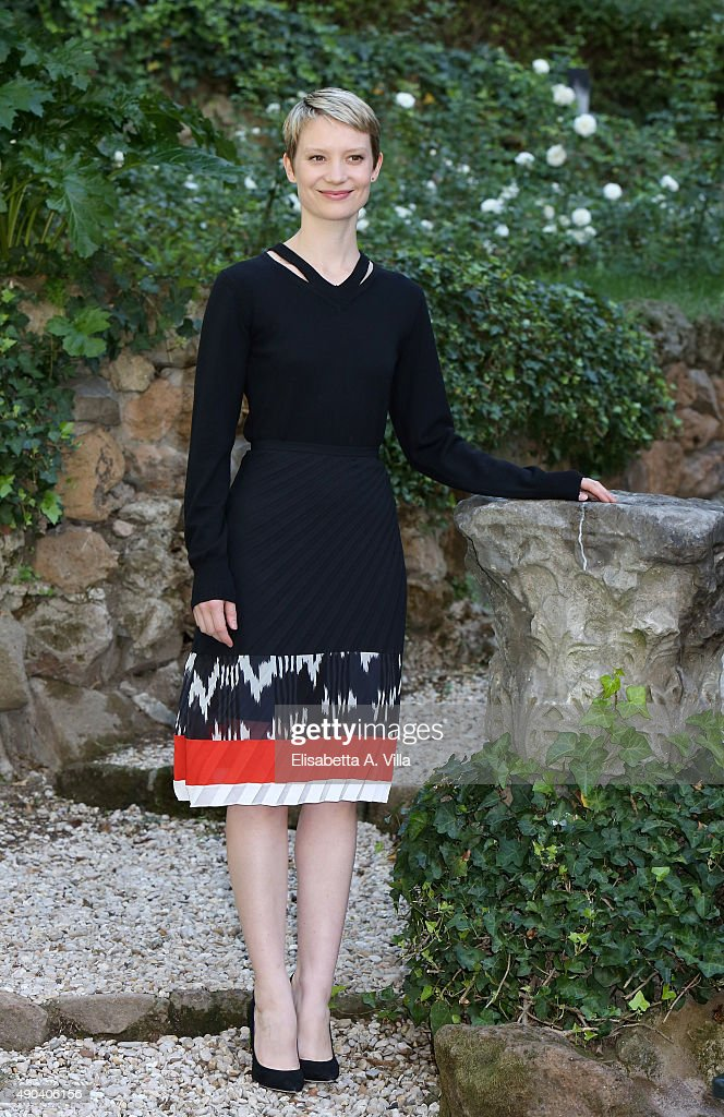 Mia Wasikowska attends a photocall for 'Crimson Peak' at Le Jardin de Russie on September 28, 2015 in Rome, Italy.