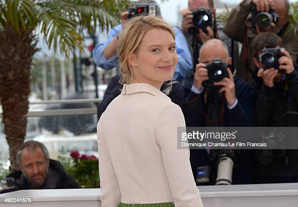 Mia Wasikowska attends the 'Maps To The Stars' photocall at the 67th Annual Cannes Film Festival on May 19 2014 in Cannes France
