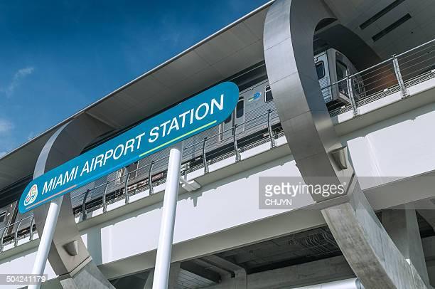 la estación miami airport - aeropuerto internacional de miami fotografías e imágenes de stock