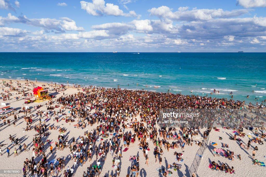 Miami Beach, Aerial of Spring Break Crowds : News Photo