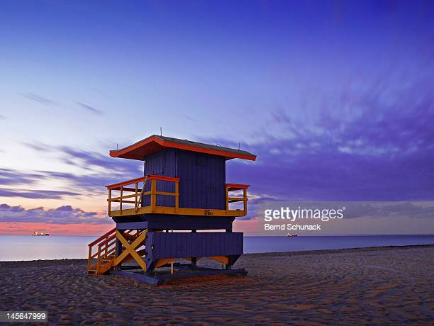 miami beach lifeguard station at dawn - bernd schunack stock pictures, royalty-free photos & images