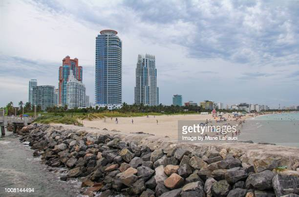 miami beach skyline - fauci stock pictures, royalty-free photos & images