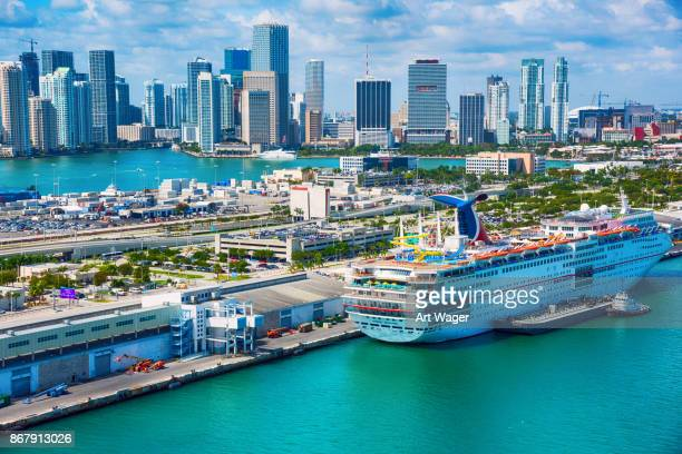 miami cruise ship terminal - harbour stock pictures, royalty-free photos & images