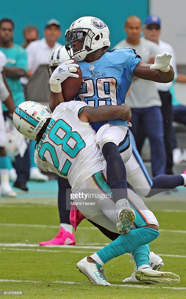 Tennessee Titans vs. Miami Dolphins Pictures   Getty Images