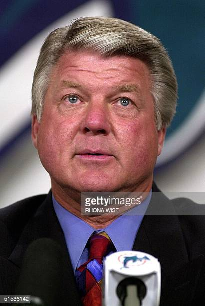 Miami Dolphins Head Coach Jimmy Johnson addresses the media during a press conference announcing his retirement as a head coach 16 January 2000 at...