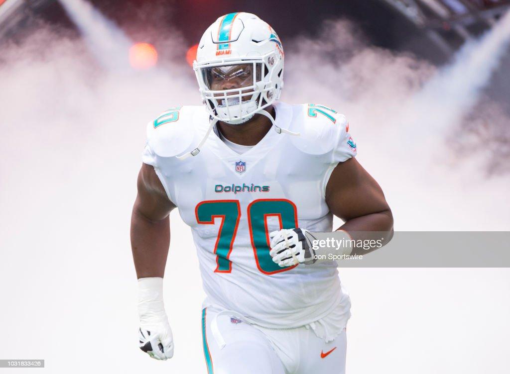 NFL: SEP 09 Titans at Dolphins : Nachrichtenfoto