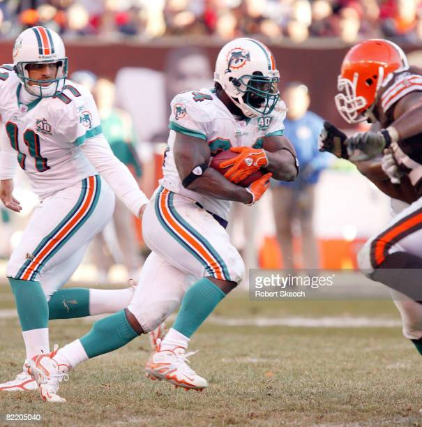 Miami Dolphins Ricky Williams during the game against the Cleveland Browns at Cleveland Browns Stadium in Cleveland Ohio on Nov. 20, 2005. The...