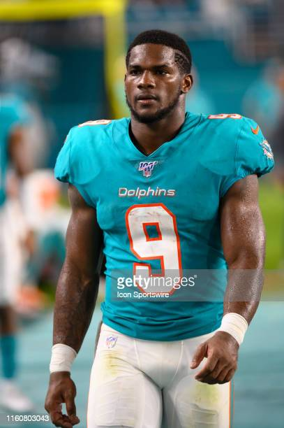 Miami Dolphins running back Mark Walton on the sidelines during the NFL preseason football game between the Atlanta Falcons and the Miami Dolphins on...