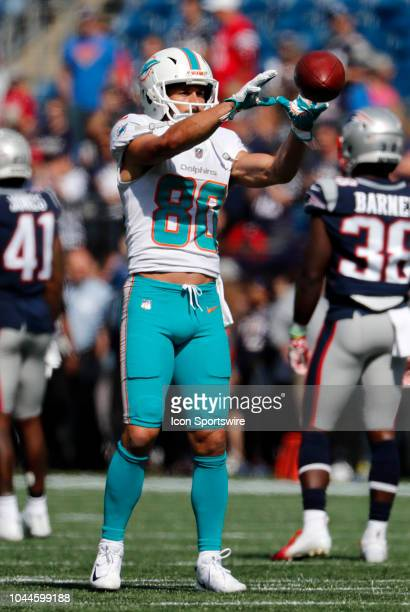 Miami Dolphins wide receiver Danny Amendola catchesa pass in warm up before a game between the New England Patriots and the Miami Dolphins on...